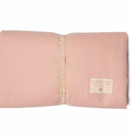 Nobodinoz Mozart waterproof changing pad misty pink