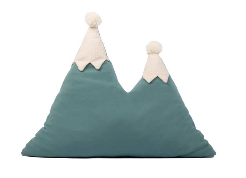 Nobodinoz Snowy mountain cushion