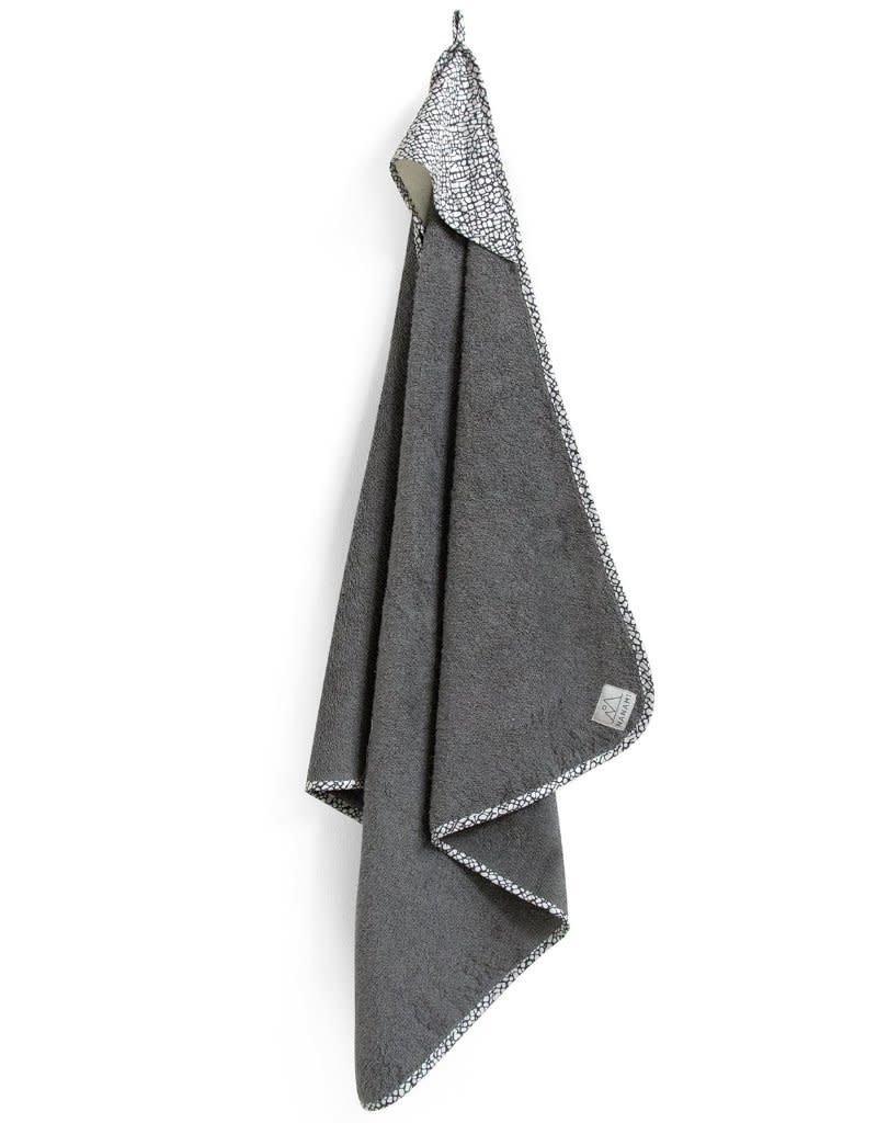 Nanami Badcape donker grijs met wit