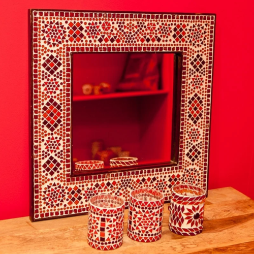 Spiegel Diya met rood-oranje mozaïekframe in 4 maten