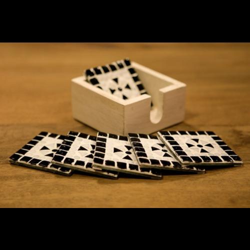 Mozaïek onderzetters Cantara zwart-wit in houten box