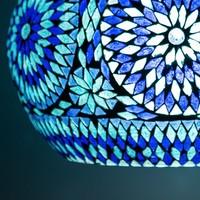 Hanglamp open blauw mozaiek met teakhout