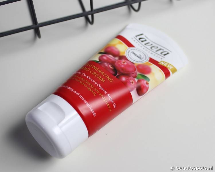 Review Lavera Hand Cream met Cranberry en Argan Olie