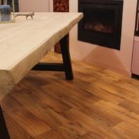 Boomstam tafelblad eiken 1,60  x 0,90 meter 5cm dik (2,5+2,5).