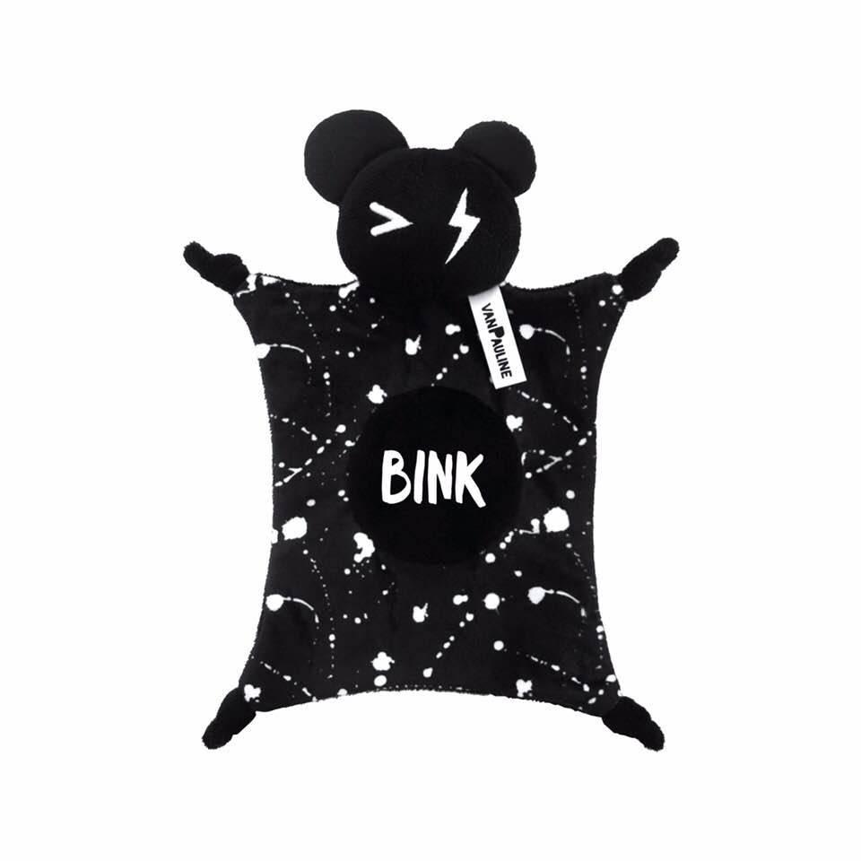 Van Pauline Cuddle Bear Black Own Design Bink