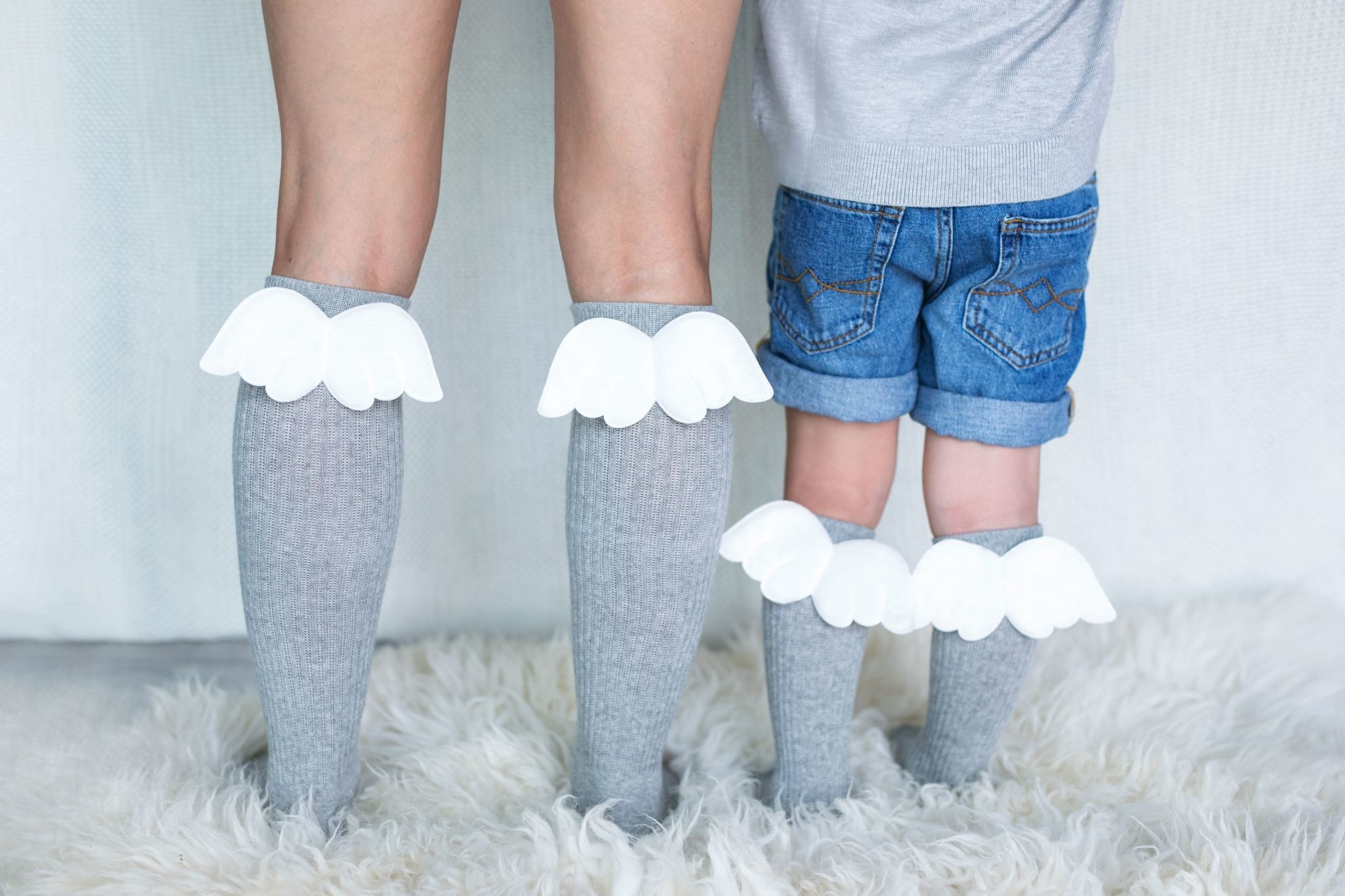 Mama's Feet Angel Knee Highs Grey