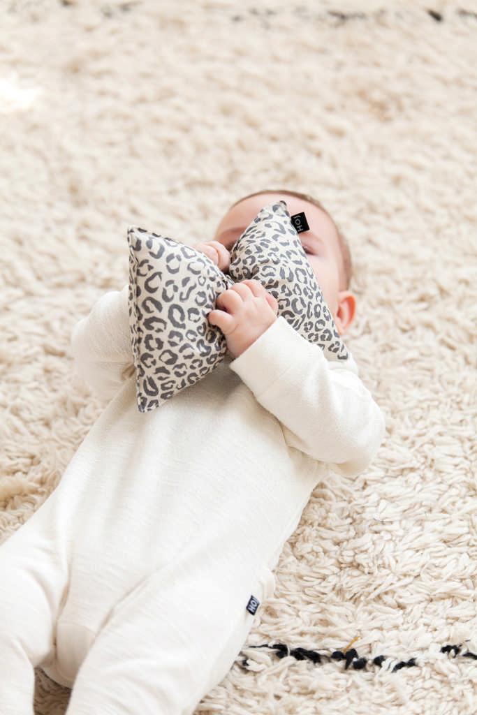 House Of Jamie Crinkle Toy Bowtie Snow Leopard