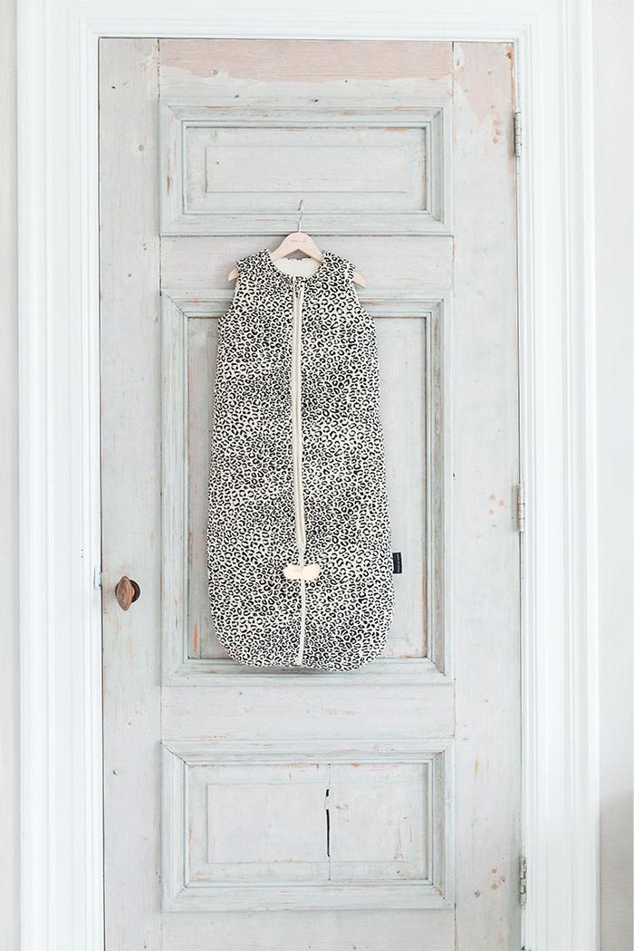 House Of Jamie Slaapzak Winter Snow Leopard Velvet