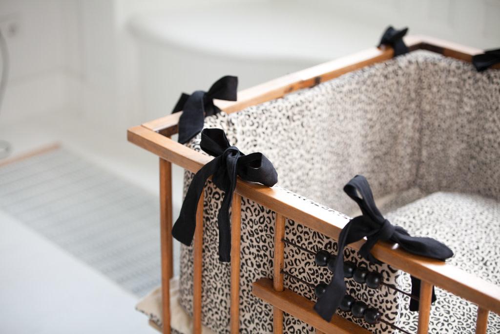 House Of Jamie Bed-Boxbumper Snow Leopard Velvet