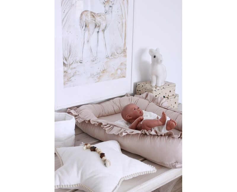 Cotton & Sweets Simply Glamour Babynest With Ruffles Nude