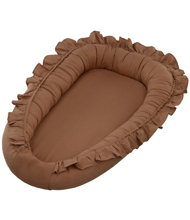 Cotton & Sweets Pure Nature Baby Nest With Ruffles Chocolate