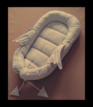 Huggles Republic Baby Nest Wings Grey