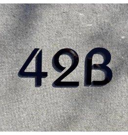 Huisnummer zwarte acryl