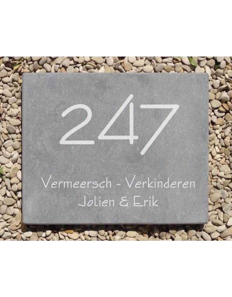 Blauwsteen, 17 x 21 cm