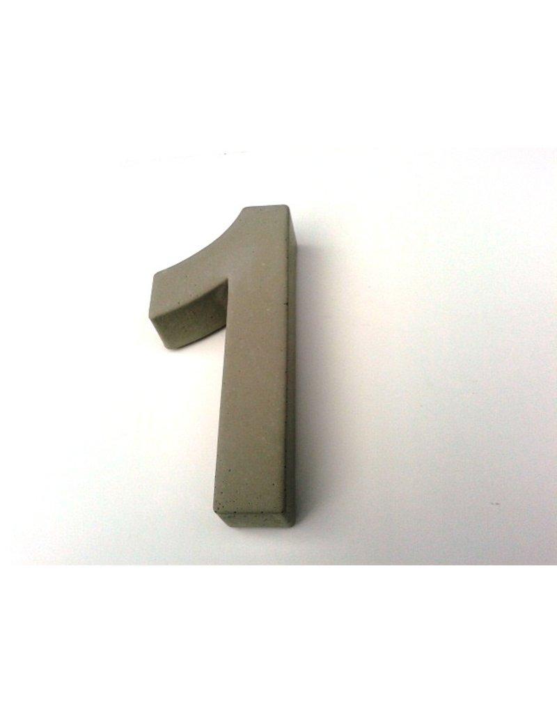 Huisnummer 1   beton 20cm