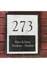 Blauwsteen naambord donker verzoet 21x17cm.