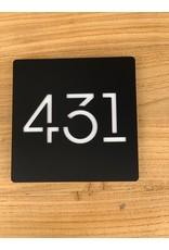 Modern huisnummerbord vierkant laser gesneden 15x15cm