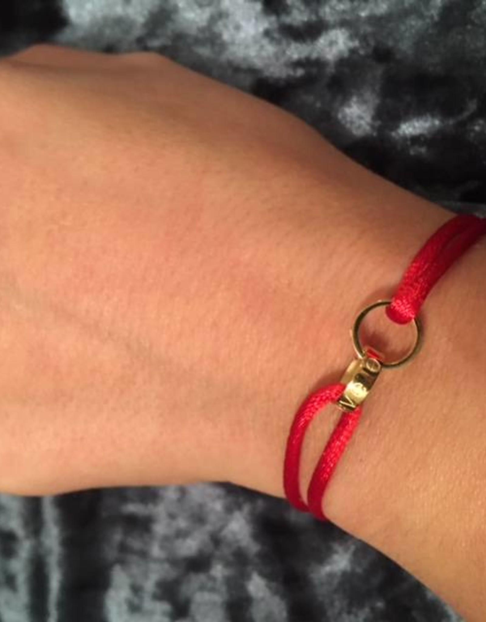2 rings gold bracelet