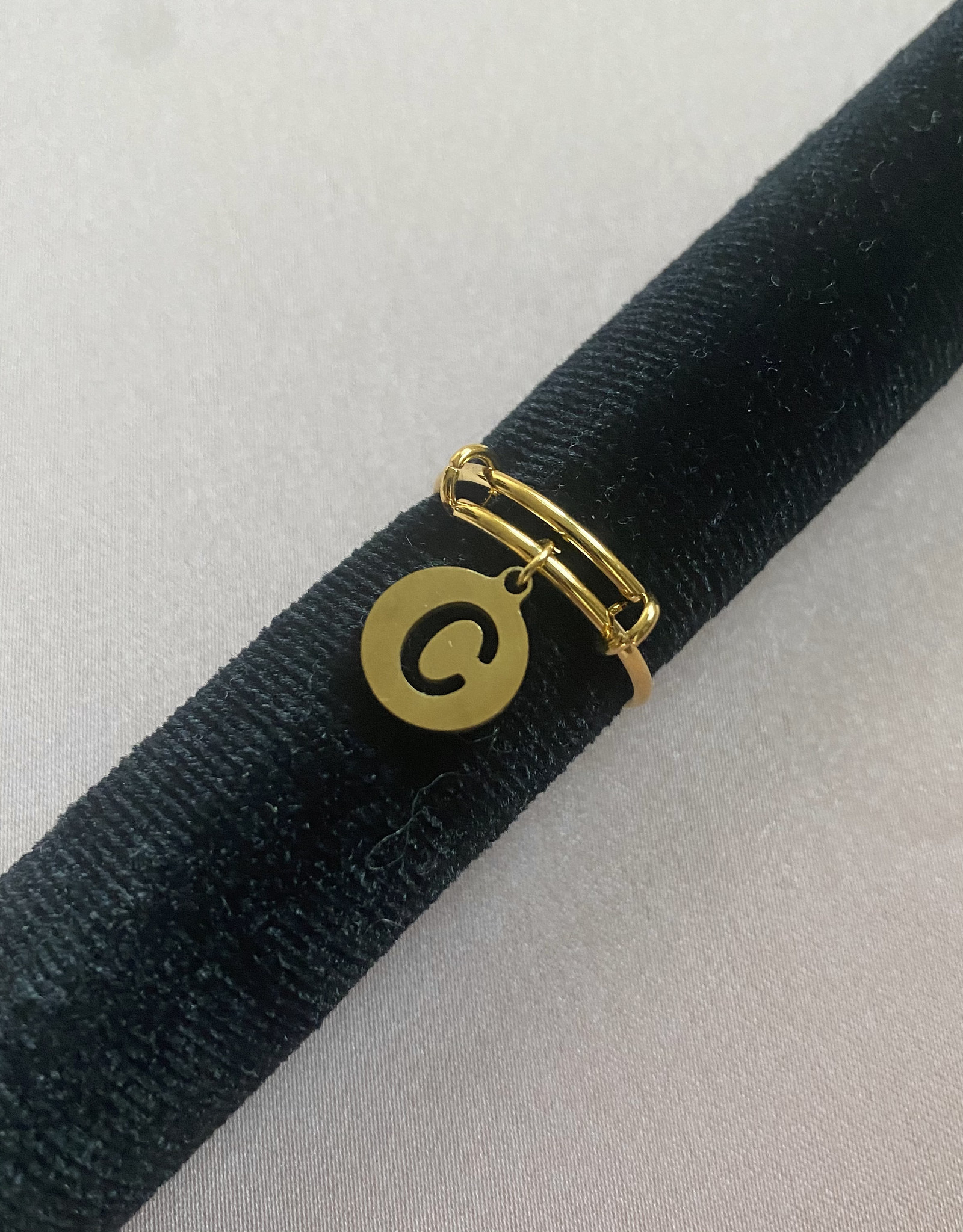 Ronde Letter Ring