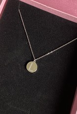 Round Diamond Letter Ketting