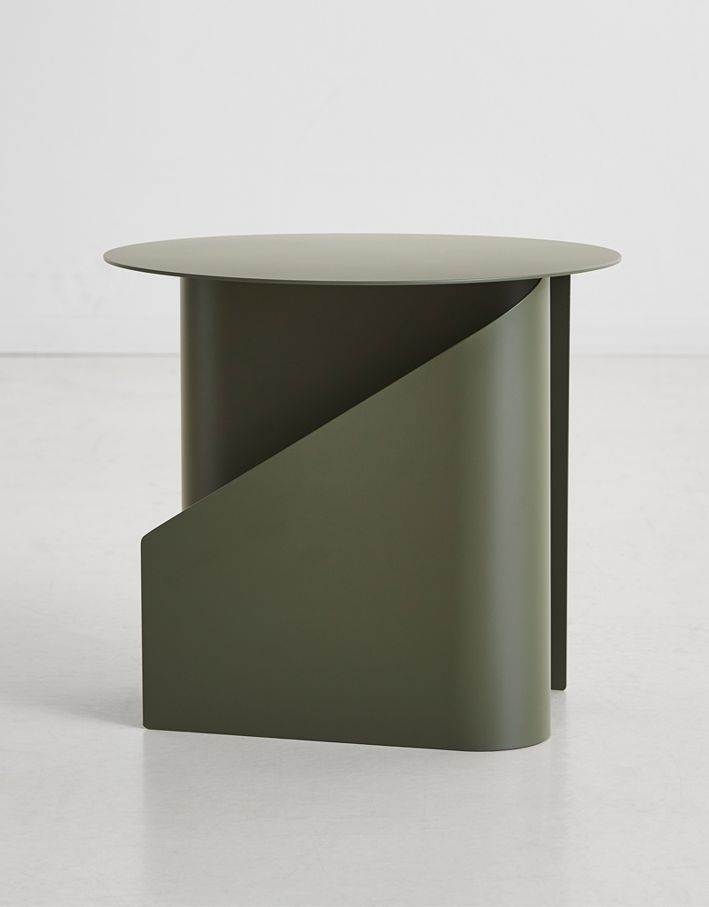 WOUD SENTRUM SIDE TABLE
