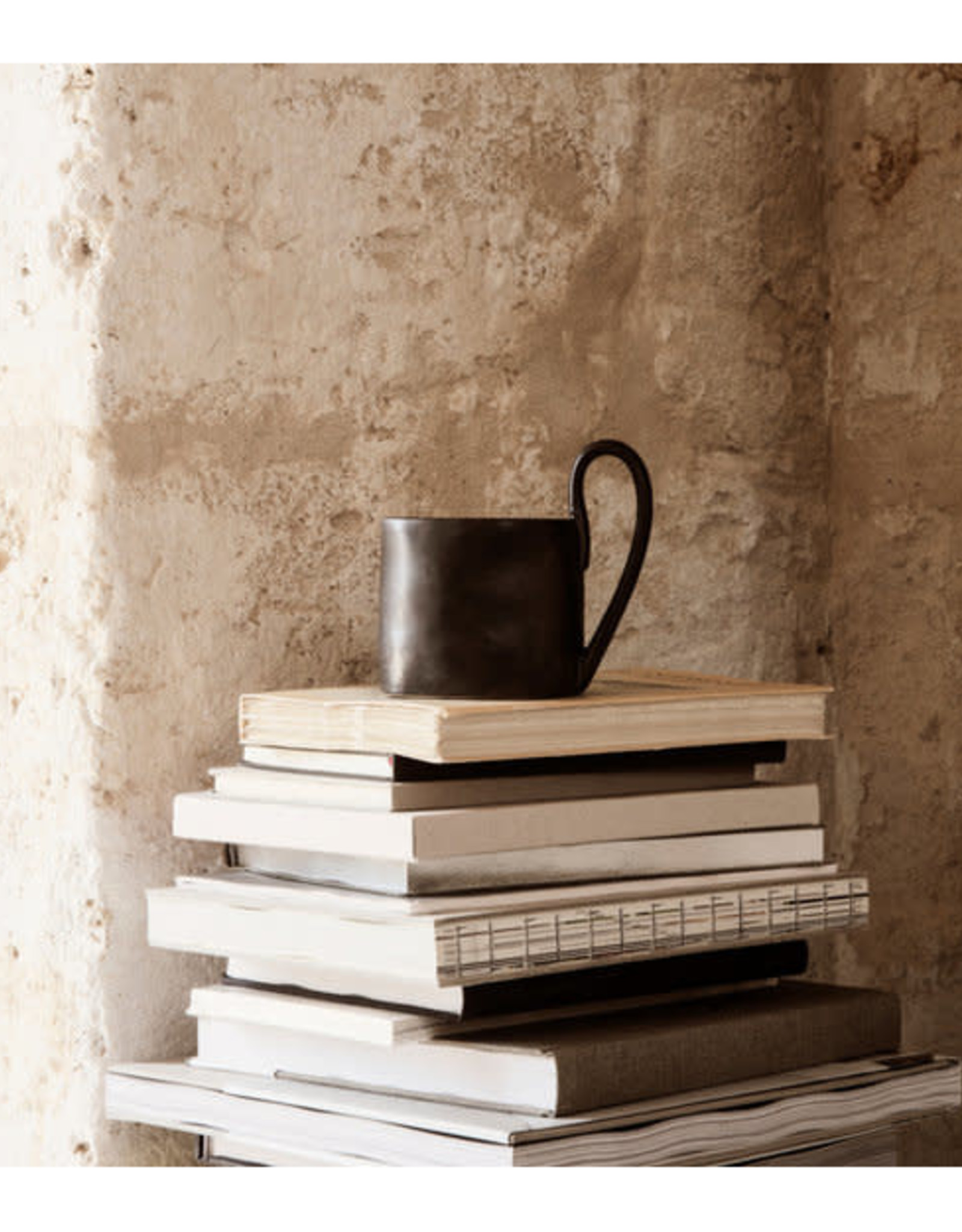 Ferm Living Mug Flow Black