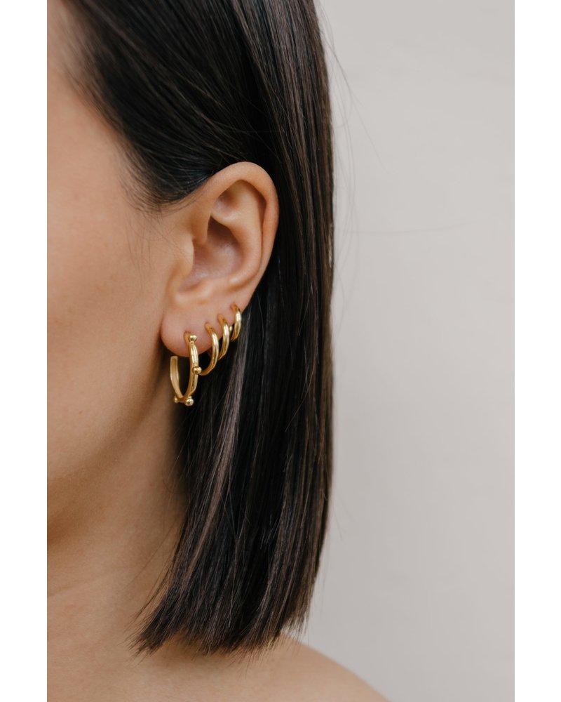 Eline Rosina MIDI HOOPS 14mm gold