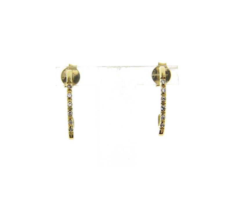 Golden ear studs with zirconia 14 crt