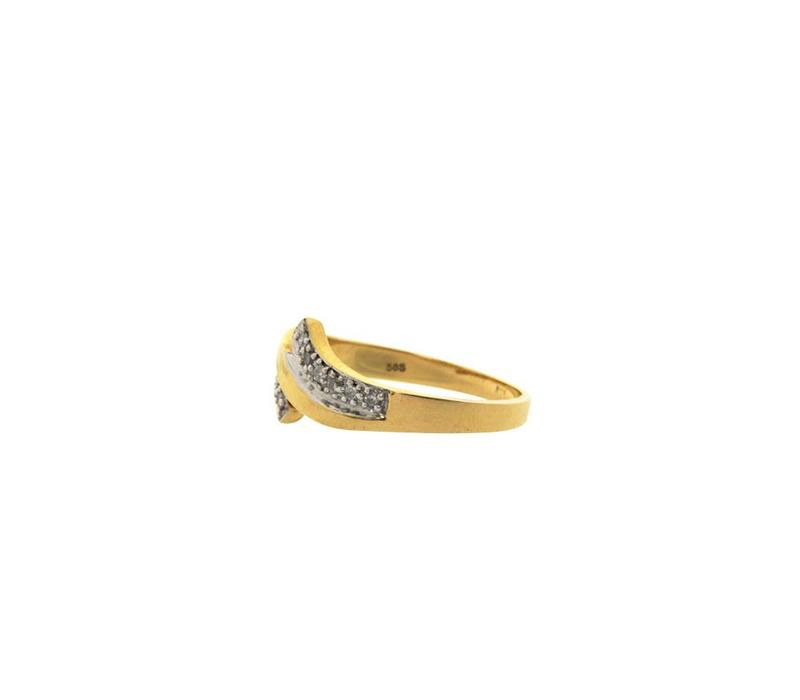 Golden fantasy ring with diamond 14 crt