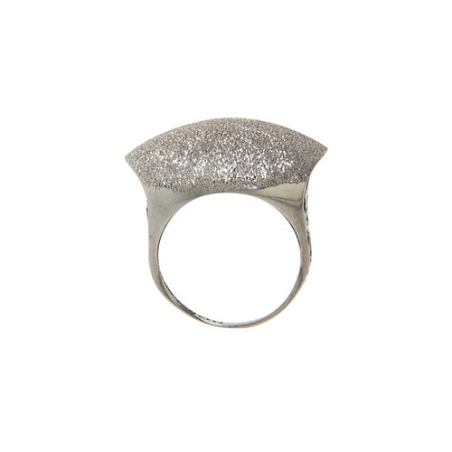 White gold convex fantasy ring 18 krt