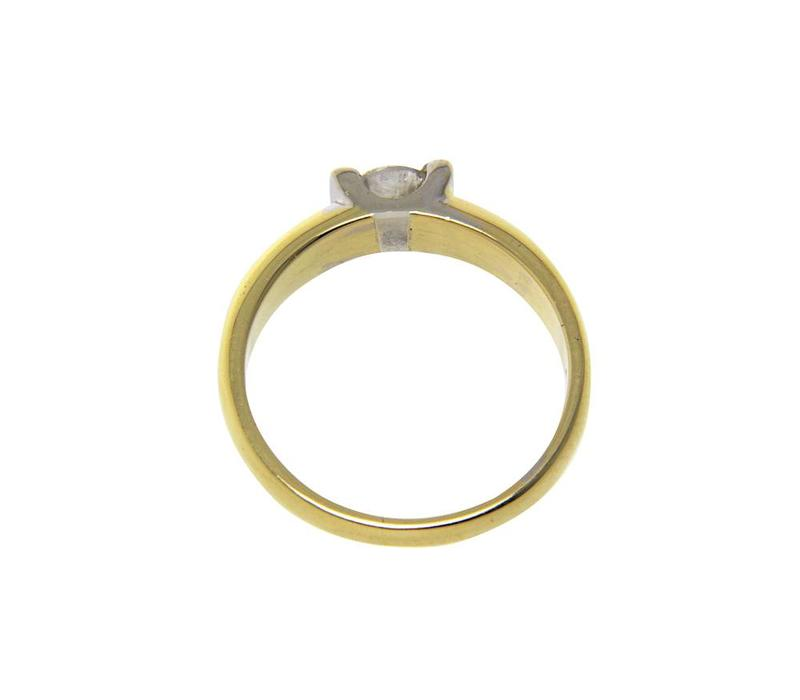 Golden bicolour solitaire with diamond 18 crt