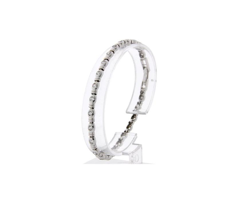 White gold tennis bracelet with CZ 14 crt