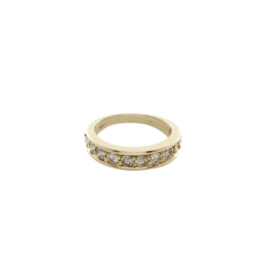 Golden ring with 1 crt. diamond 14 krt