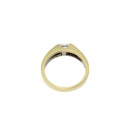 Gouden ring met prinses geslepen diamant 14 krt