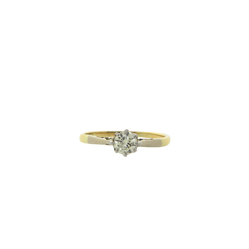 Golden solitaire ring with diamond 14 krt