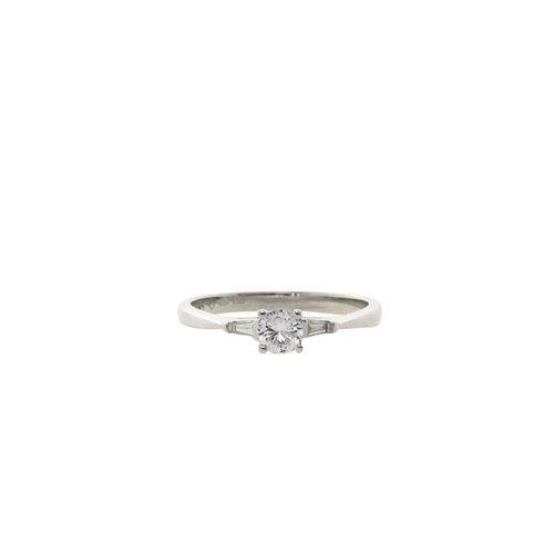 Weißgoldring mit Diamant 14 crt * neu
