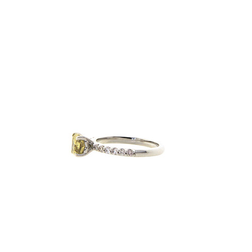 White gold ring with yellow diamond 14 crt
