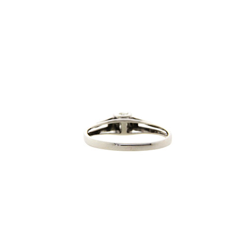 White gold solitaire ring with diamond 14 krt