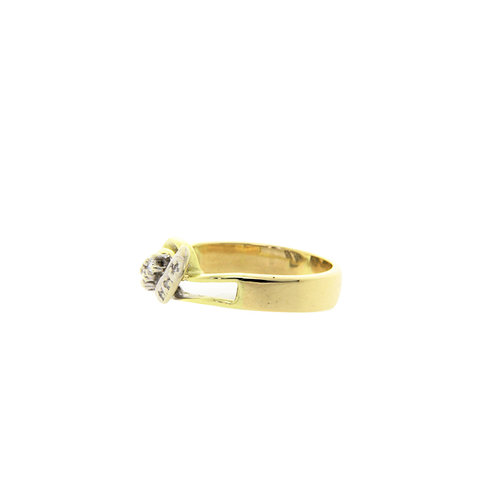 Golden fantasy ring with diamond 13 krt