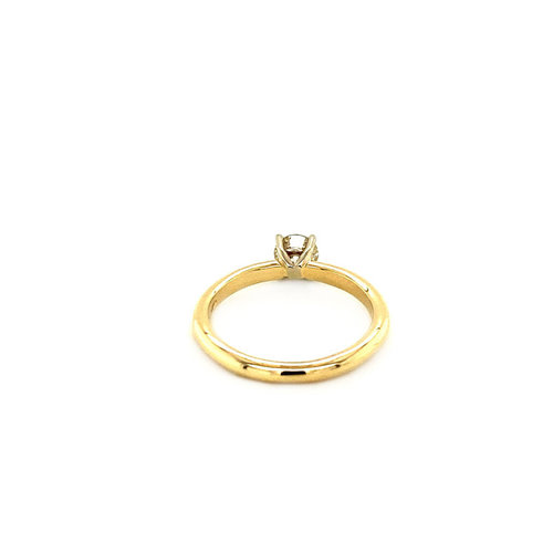 Gold solitaire ring with 0.53 ct diamond. 14 krt * New