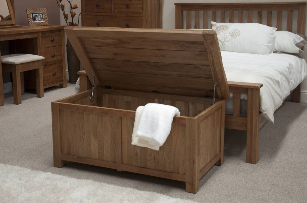 HomestyleGB Rustic Oak Blanket Box