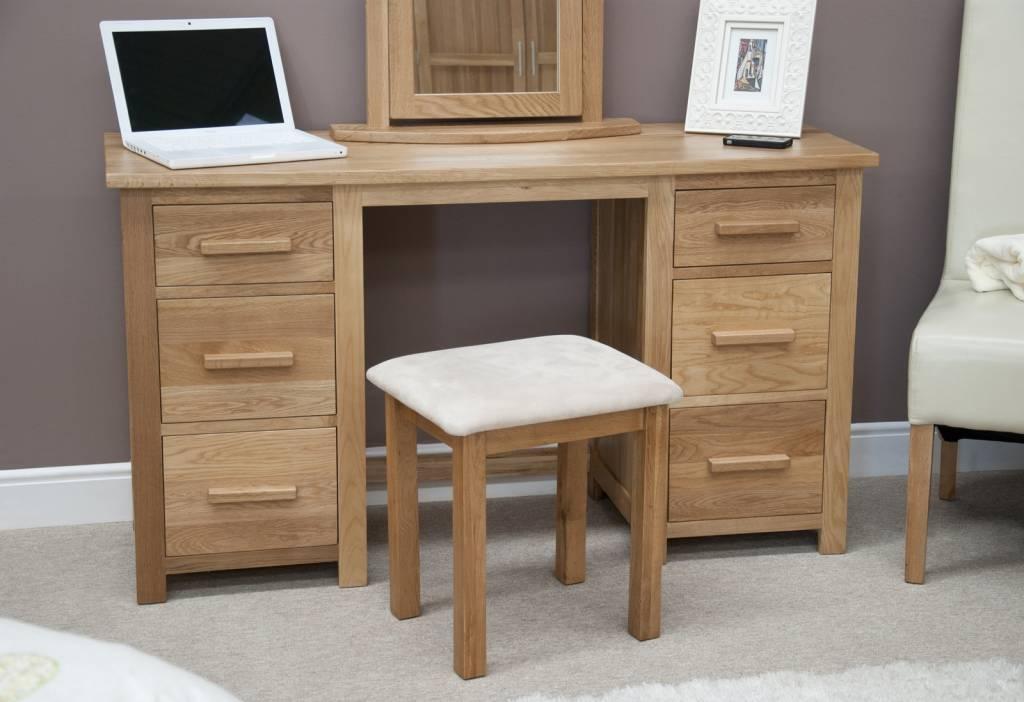 Opus Oak Dressing Table Set