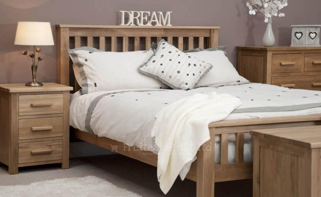 HomestyleGB Opus Oak Bed