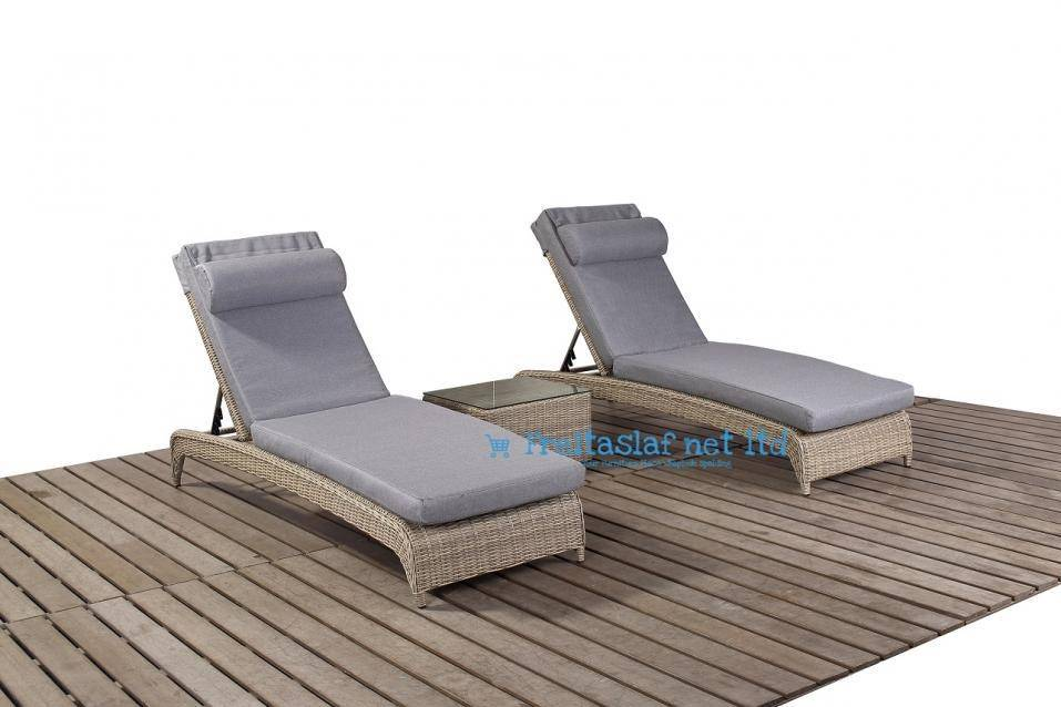Rural Lounger Pair & Side Table