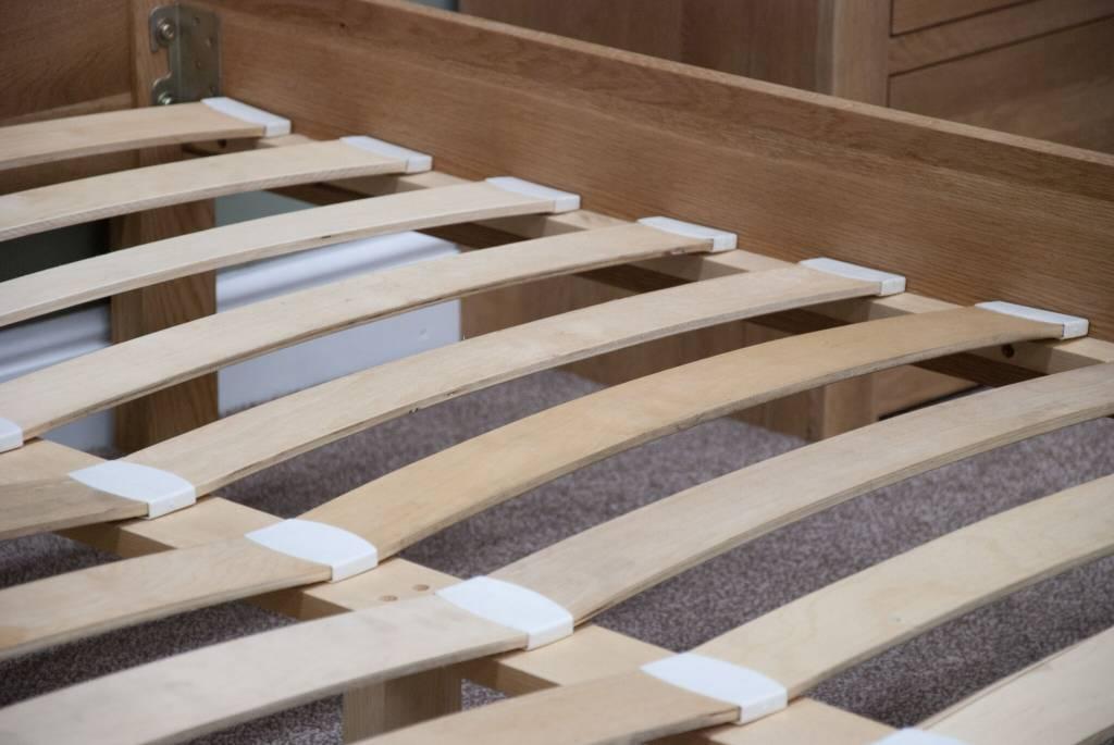 HomestyleGB Trend Oak Bed