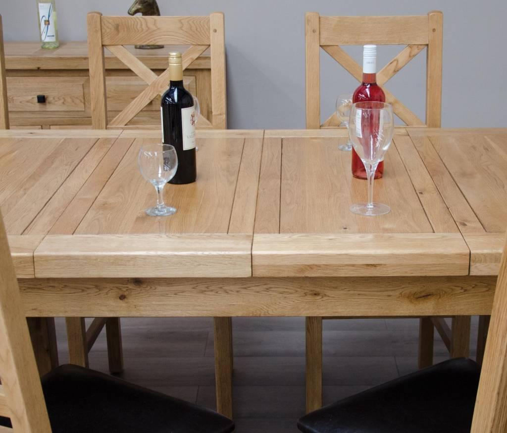 Deluxe Oak Medium Extending Table