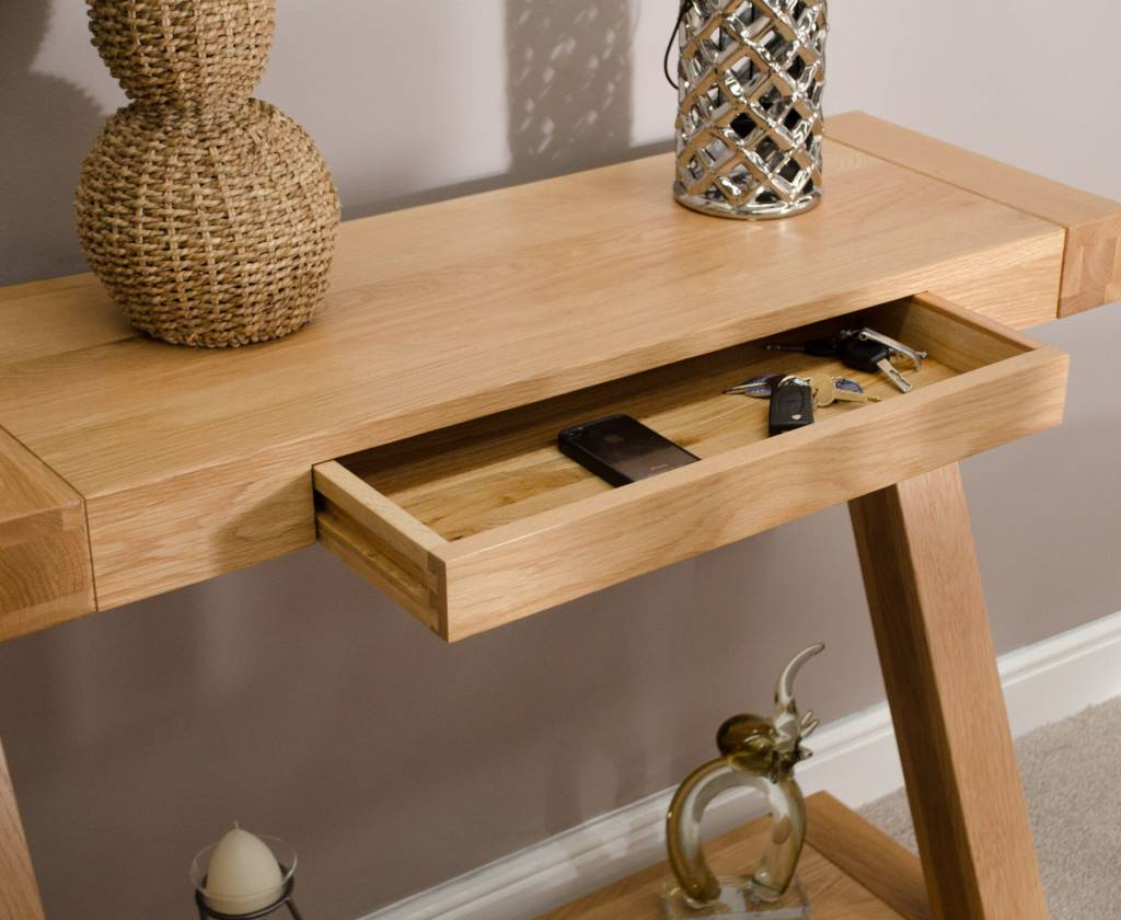 HomestyleGB Z Designer Solid Oak Console Table