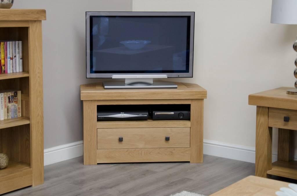 HomestyleGB Bordeaux Solid Oak Corner TV Unit