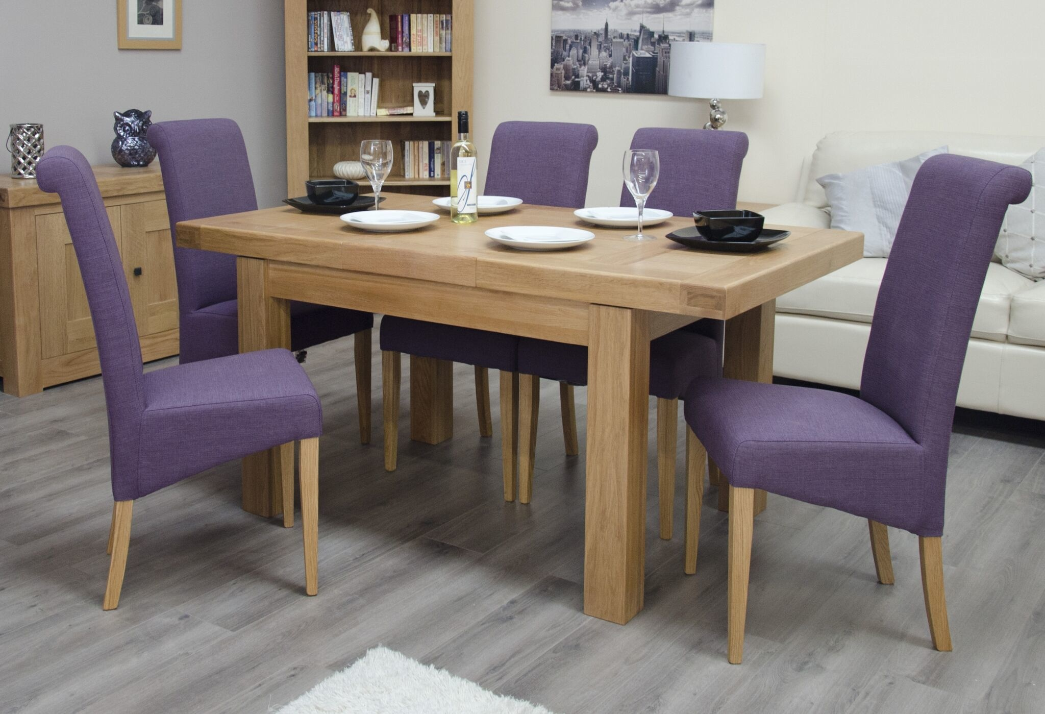 HomestyleGB Bordeaux Solid Oak Small Extending Dining Table