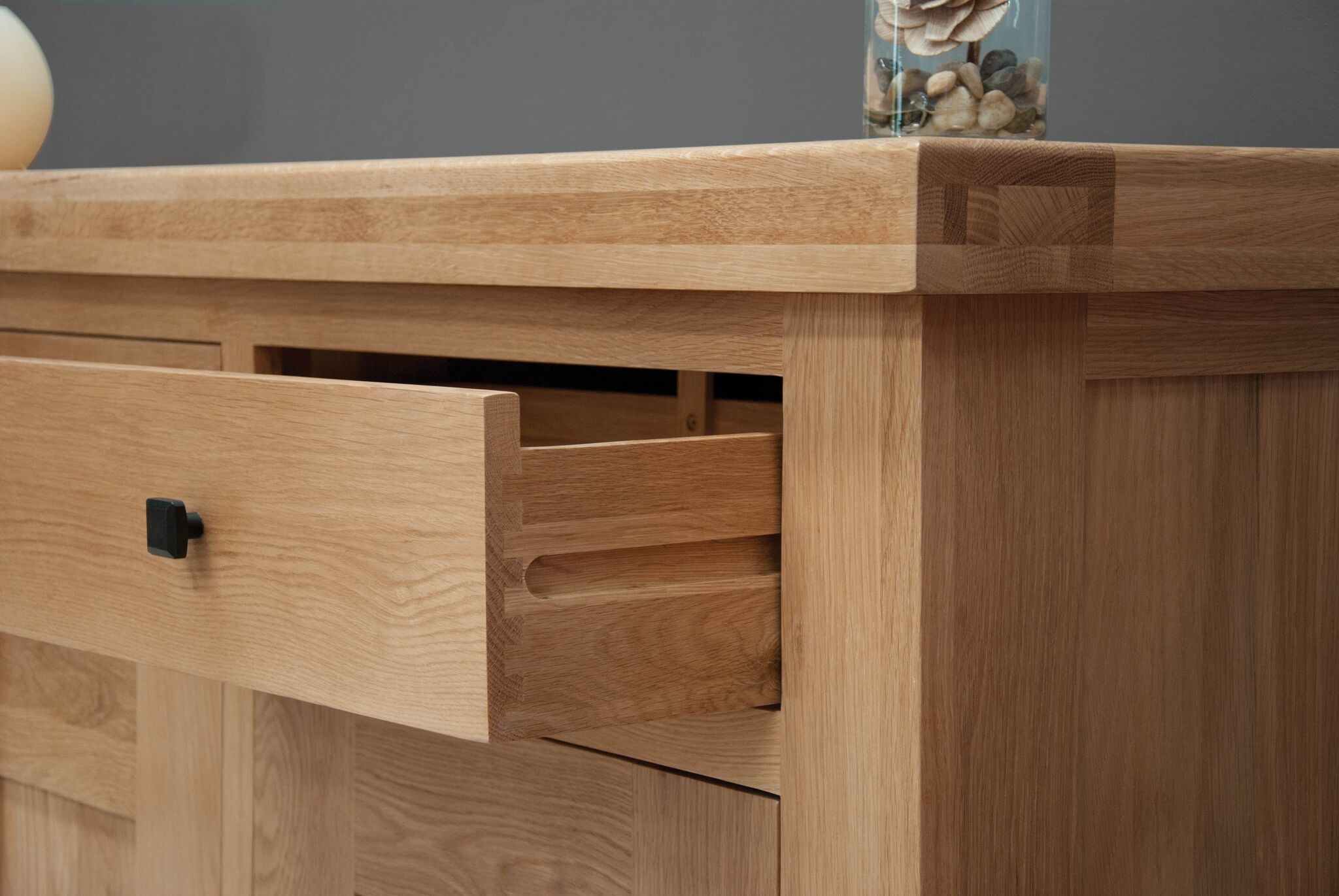 HomestyleGB Bordeaux Solid Oak Dresser